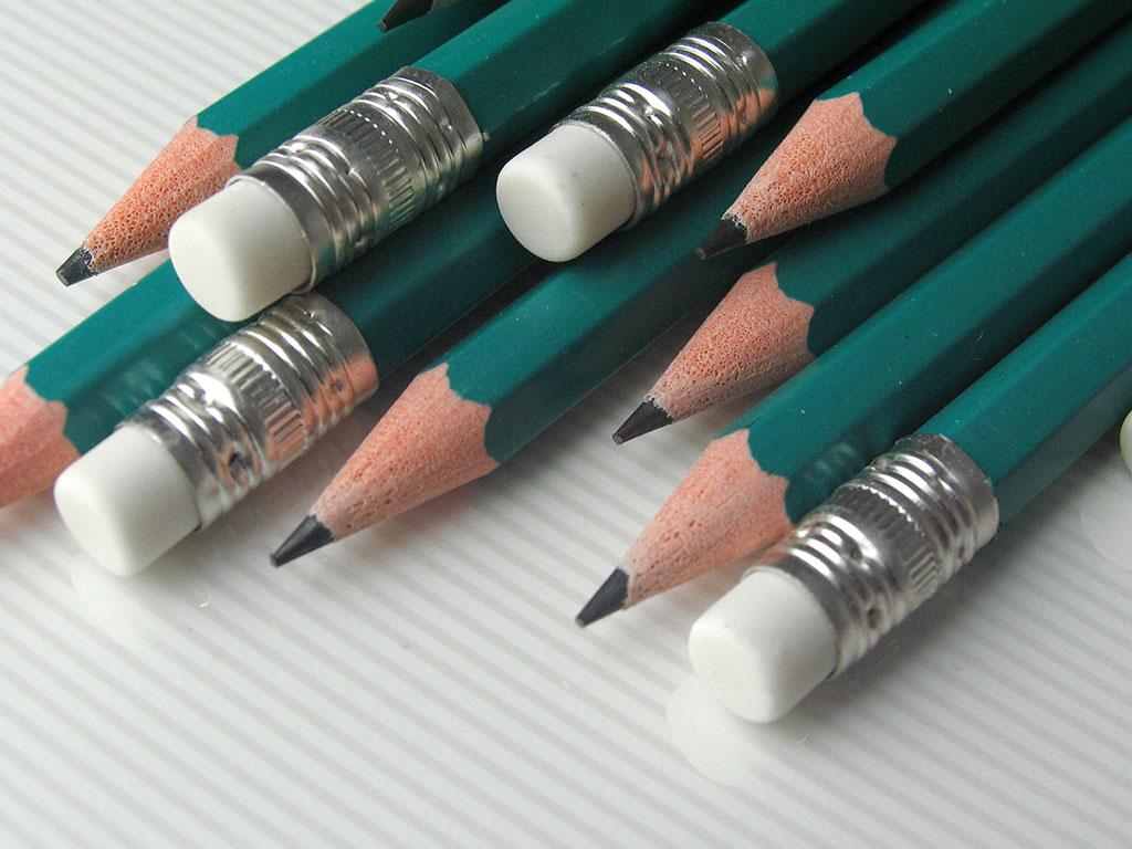 Ołówek elastyczny Excellent z gumką